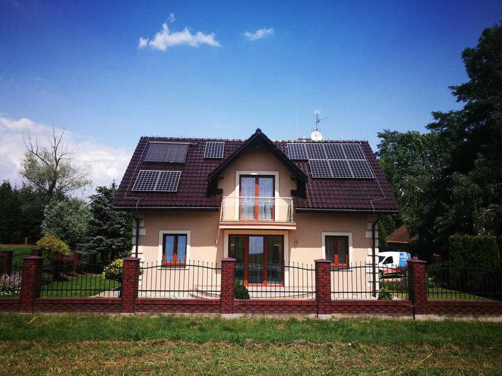 Ile paneli fotowoltaicznych dla domu jednorodzinnego
