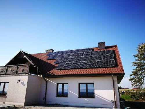 Fotowoltaika czy solary? Porównanie dwóch typów instalacji